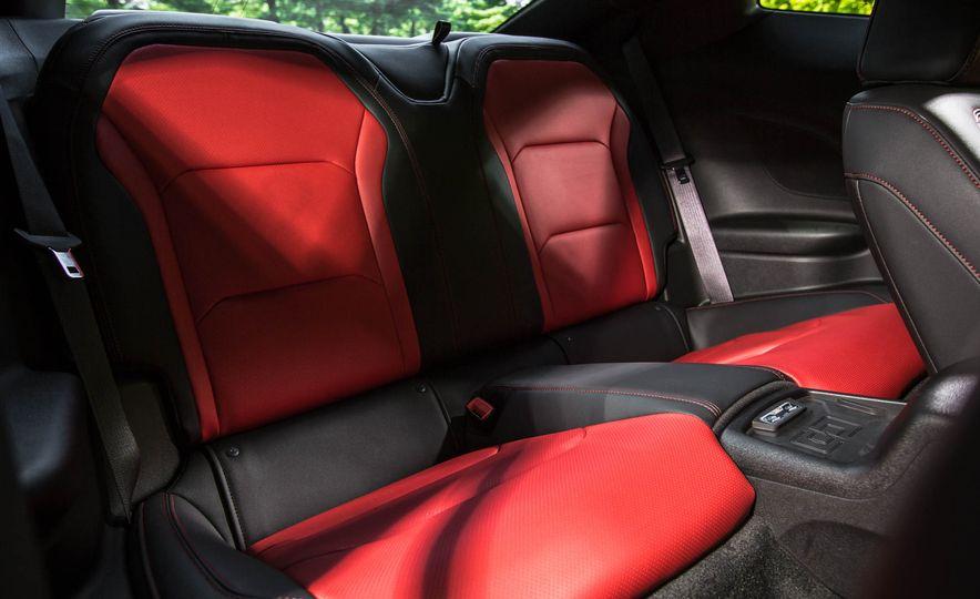 2016 Chevrolet Camaro SS - Slide 15