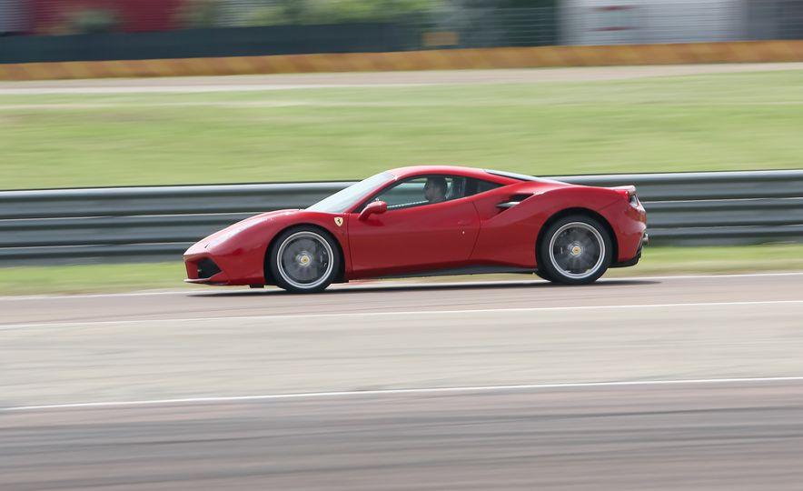 2016 Ferrari 488GTB - Slide 18