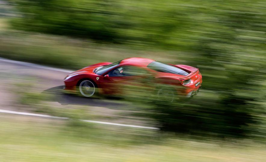 2016 Ferrari 488GTB - Slide 32