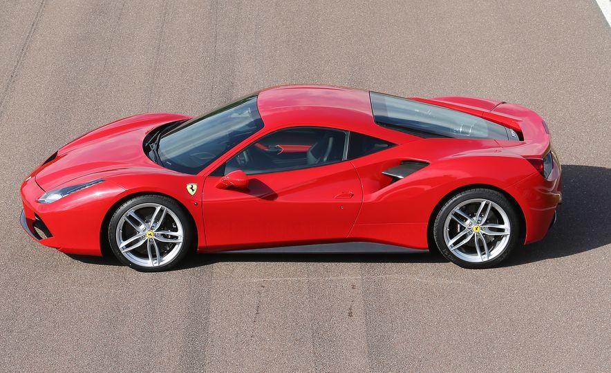 2016 Ferrari 488GTB - Slide 34