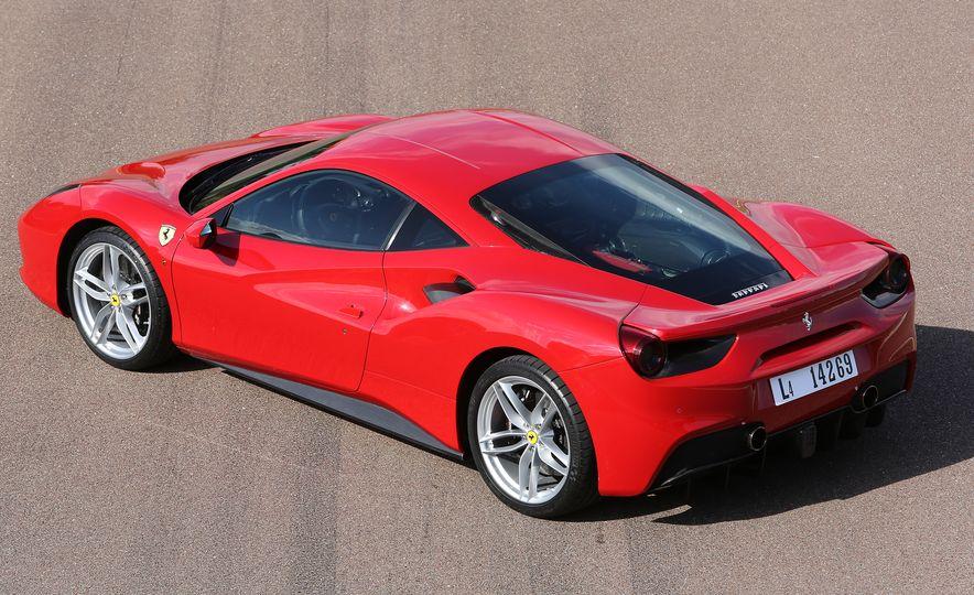 2016 Ferrari 488GTB - Slide 36