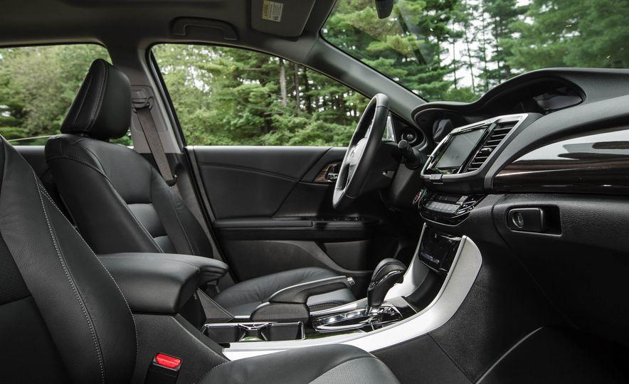 2016 Honda Accord V-6 Touring - Slide 18