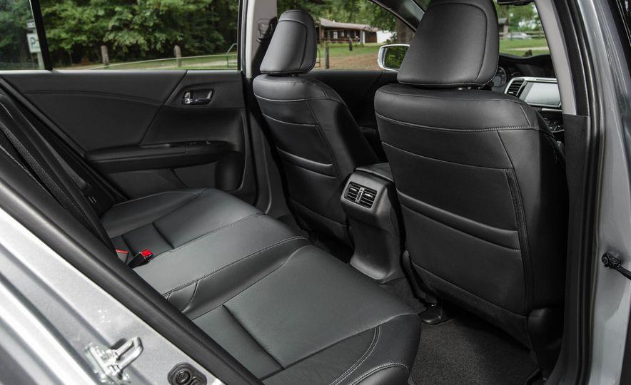 2016 Honda Accord V-6 Touring - Slide 21