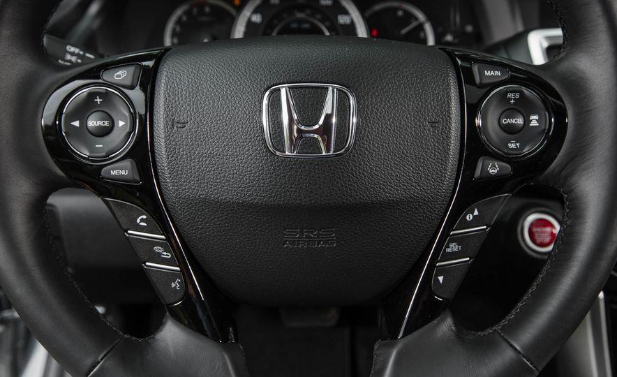 2016 Honda Accord V-6 Touring - Slide 25