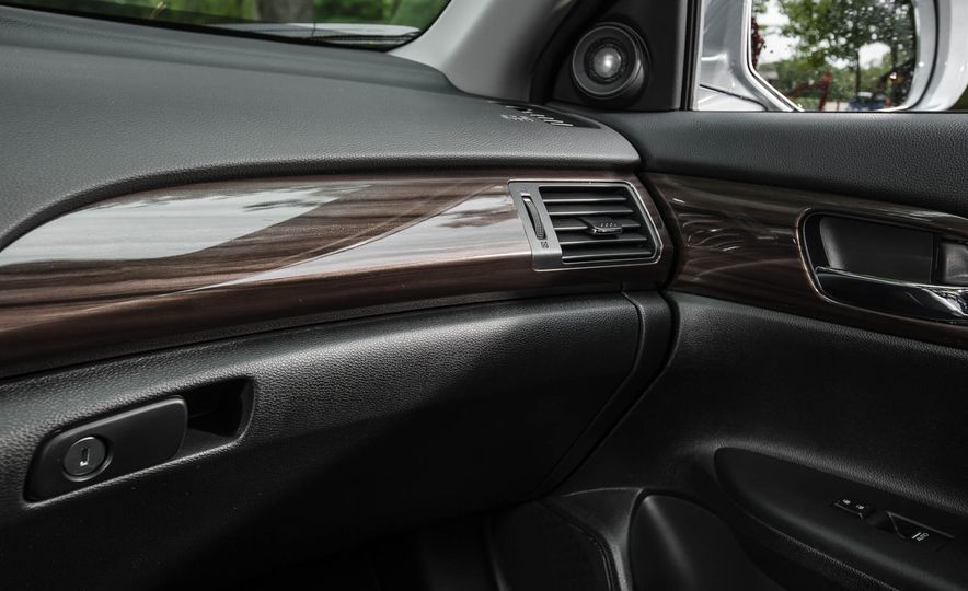 2016 Honda Accord V-6 Touring - Slide 27