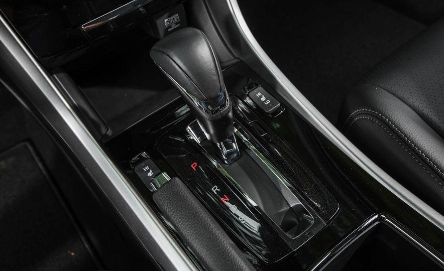 2016 Honda Accord V-6 Touring - Slide 34