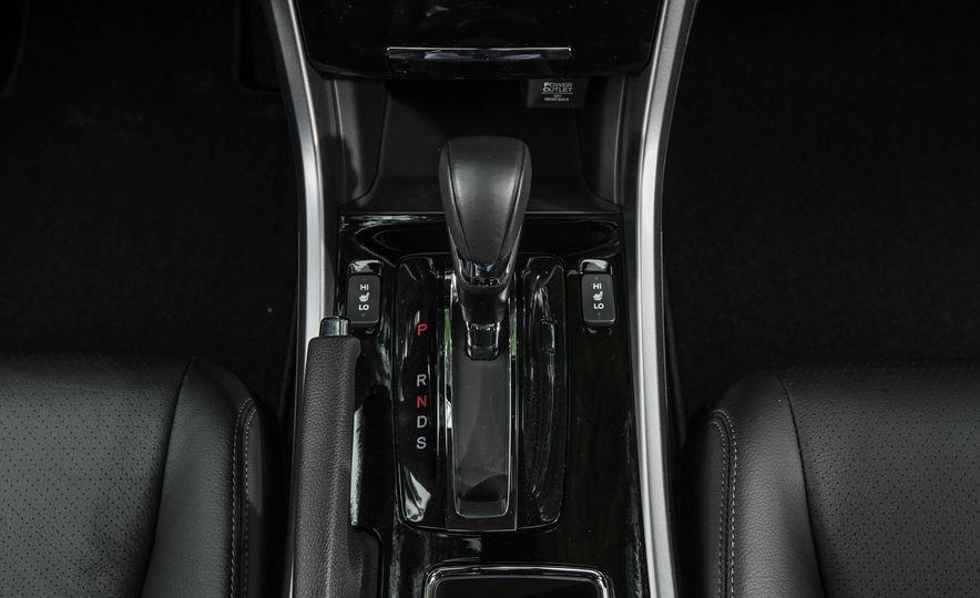 2016 Honda Accord V-6 Touring - Slide 35
