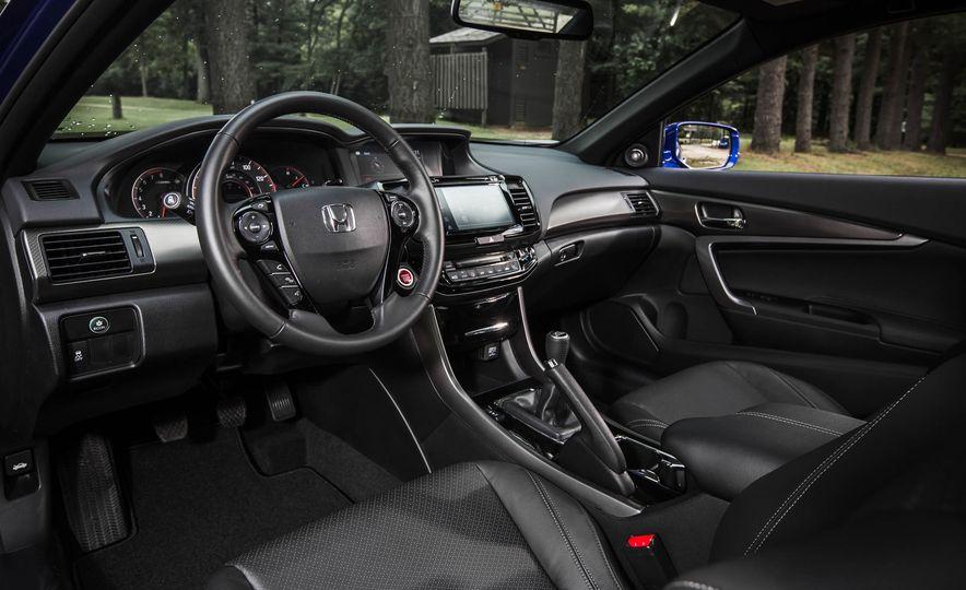 2016 Honda Accord V-6 coupe - Slide 10