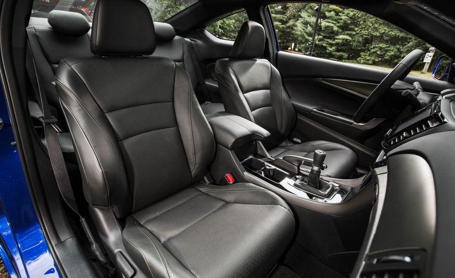 2016 Honda Accord V-6 coupe - Slide 15