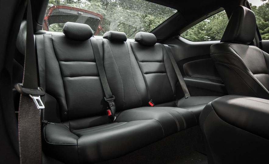 2016 Honda Accord V-6 coupe - Slide 16