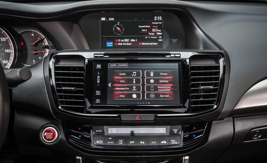 2016 Honda Accord V-6 coupe - Slide 20