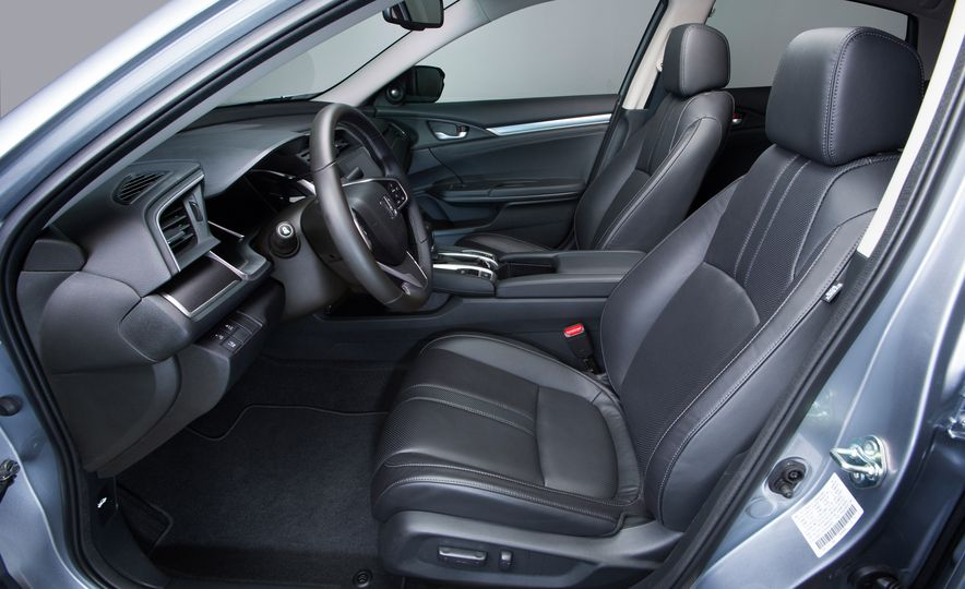 2016 Honda Civic Touring - Slide 47