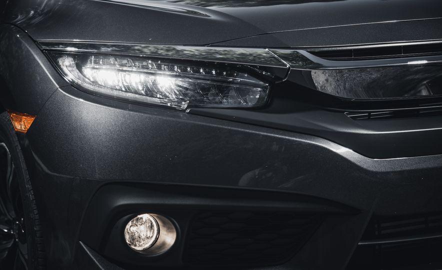 2016 Honda Civic Touring - Slide 11