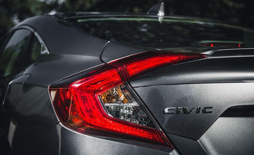 2016 Honda Civic Touring - Slide 15
