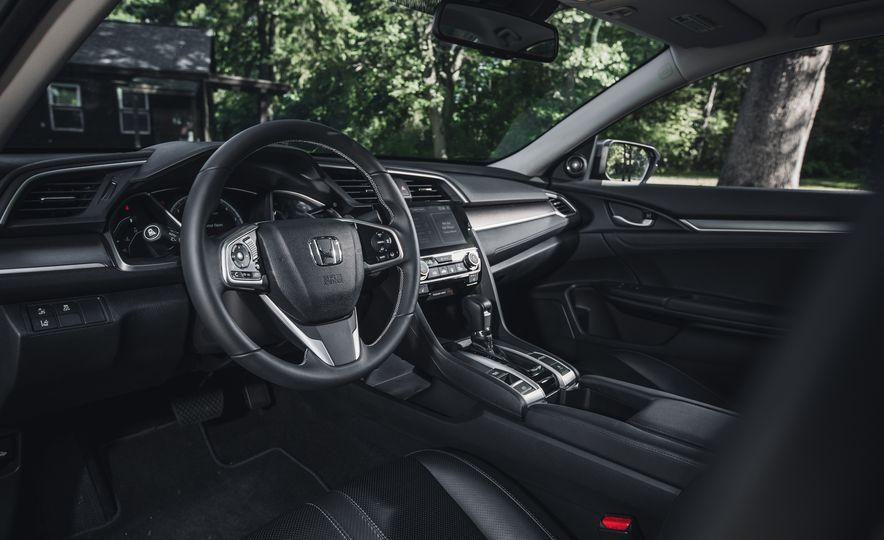 2016 Honda Civic Touring - Slide 20