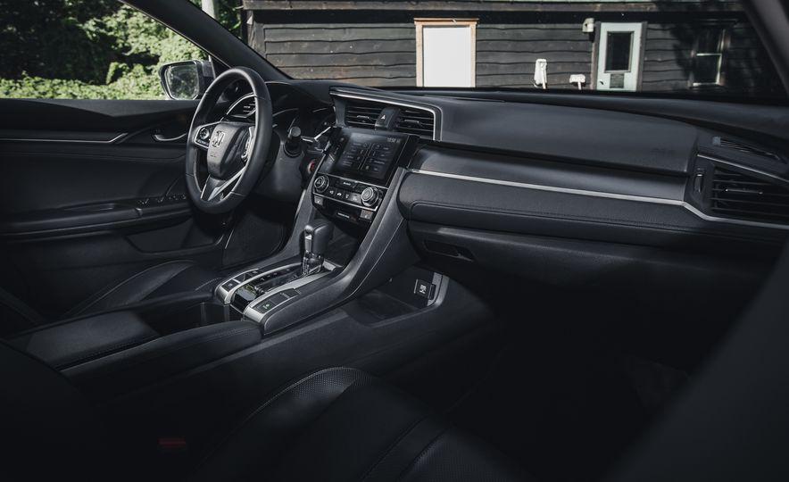 2016 Honda Civic Touring - Slide 26