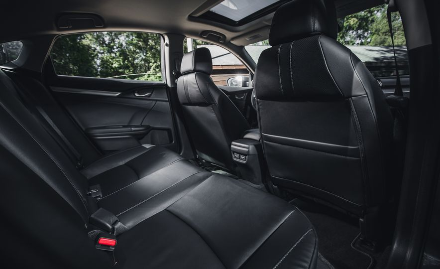 2016 Honda Civic Touring - Slide 27