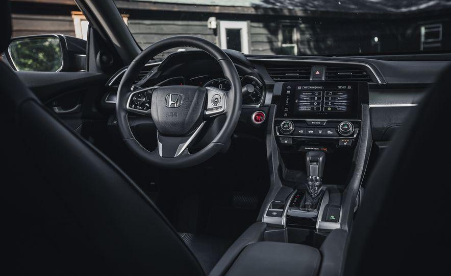 2016 Honda Civic Touring - Slide 30