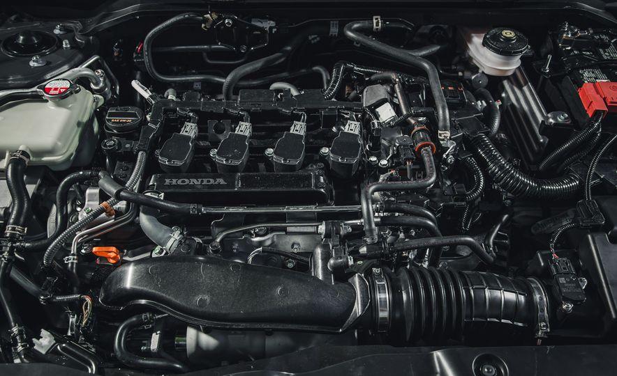 2016 Honda Civic Touring - Slide 43