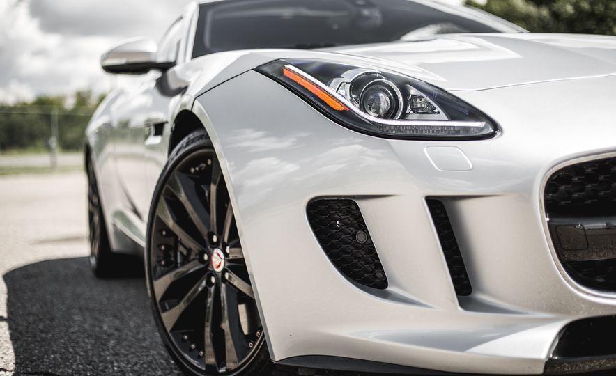 2016 Jaguar F-Type V-6 S coupe - Slide 14