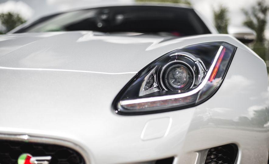 2016 Jaguar F-Type V-6 S coupe - Slide 17