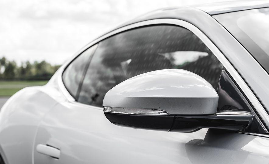 2016 Jaguar F-Type V-6 S coupe - Slide 27