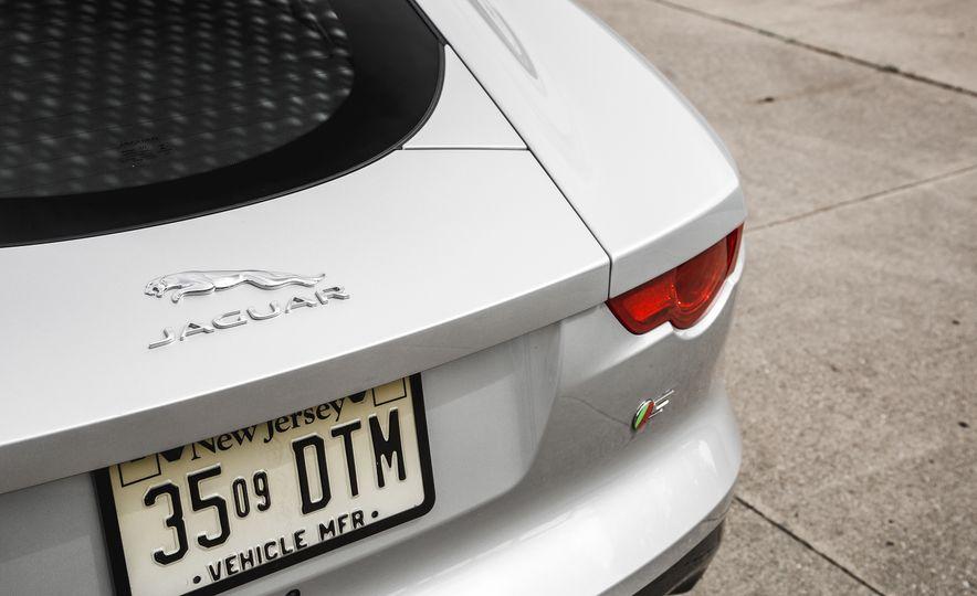 2016 Jaguar F-Type V-6 S coupe - Slide 29