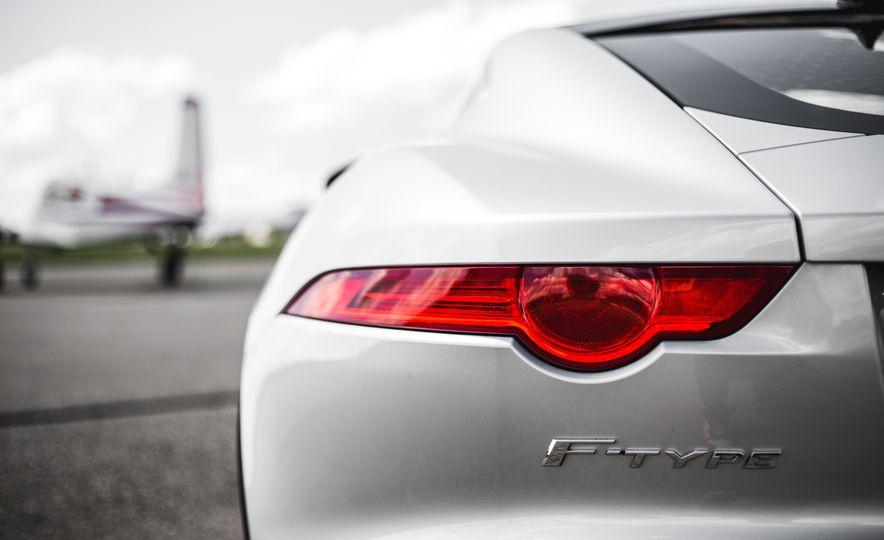 2016 Jaguar F-Type V-6 S coupe - Slide 30