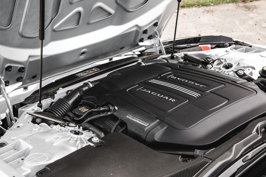 2016 Jaguar F-Type V-6 S coupe - Slide 63