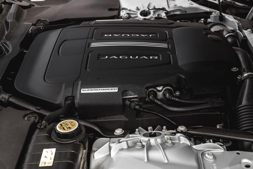 2016 Jaguar F-Type V-6 S coupe - Slide 65