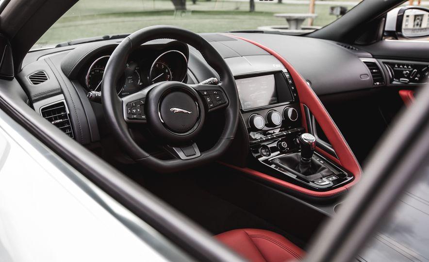 2016 Jaguar F-Type V-6 S coupe - Slide 39