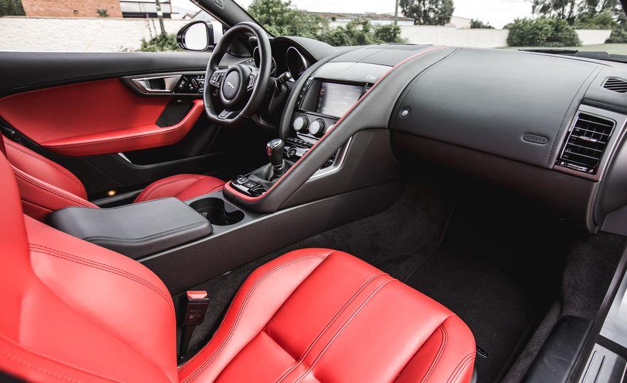 2016 Jaguar F-Type V-6 S coupe - Slide 42