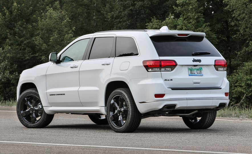 2016 Jeep Grand Cherokee SRT - Slide 7