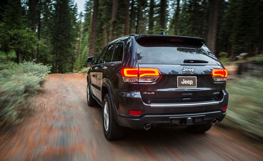 2016 Jeep Grand Cherokee SRT - Slide 9