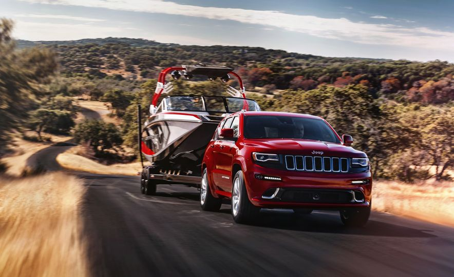 2016 Jeep Grand Cherokee SRT - Slide 3