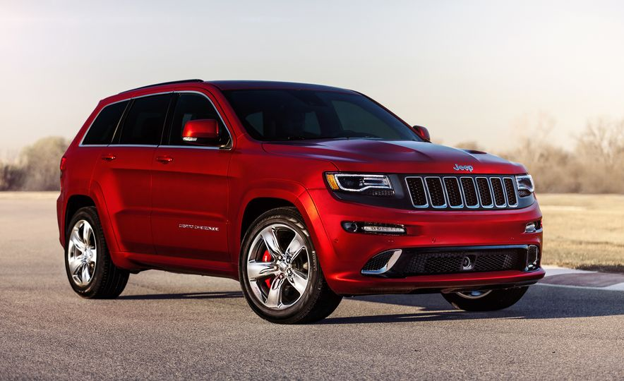 2016 Jeep Grand Cherokee SRT - Slide 5