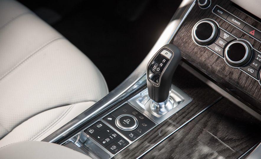 2016 Land Rover Range Rover Sport Td6 - Slide 33
