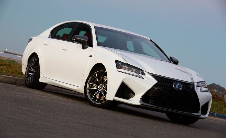 2016 Lexus GS F - Slide 13