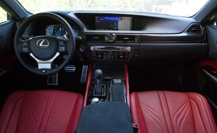 2016 Lexus GS F - Slide 26