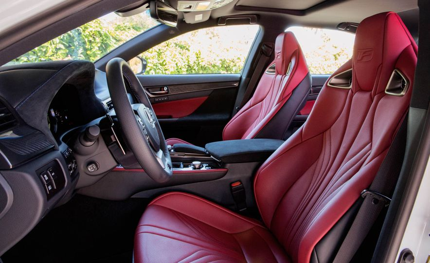 2016 Lexus GS F - Slide 27