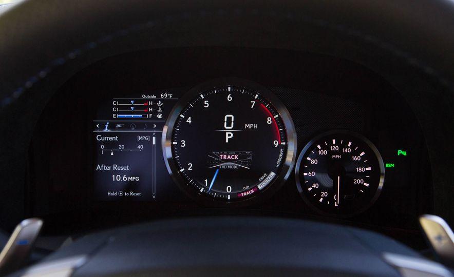 2016 Lexus GS F - Slide 30