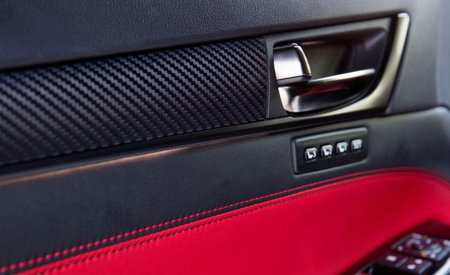 2016 Lexus GS F - Slide 36