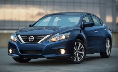 Nissan Recalls 41,000 More Altima, Maxima Sedans for Fuel-Tank Leaks