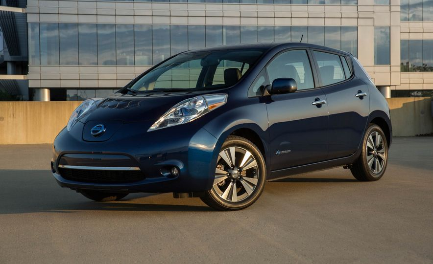 2016 Nissan Leaf - Slide 4