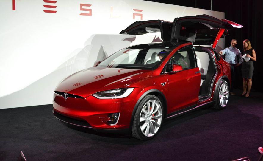 2016 Tesla Model X - Slide 1