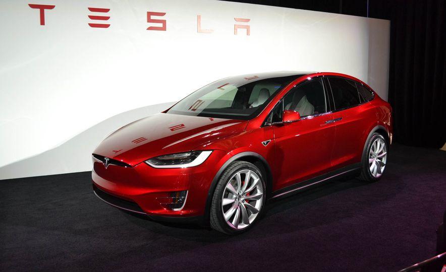 2016 Tesla Model X - Slide 2