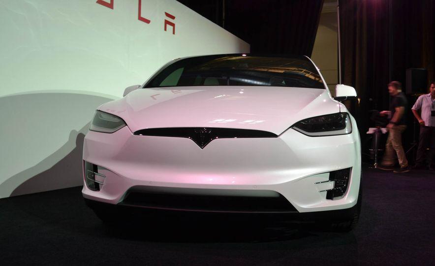 2016 Tesla Model X - Slide 11