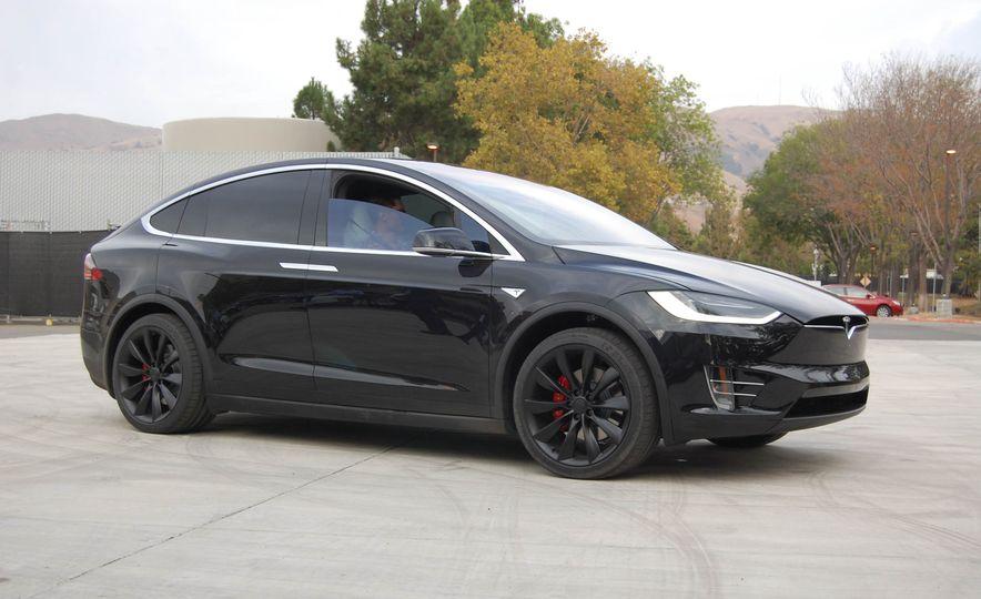 2016 Tesla Model X - Slide 15