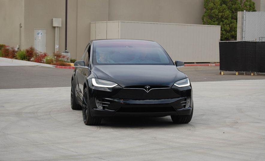2016 Tesla Model X - Slide 17