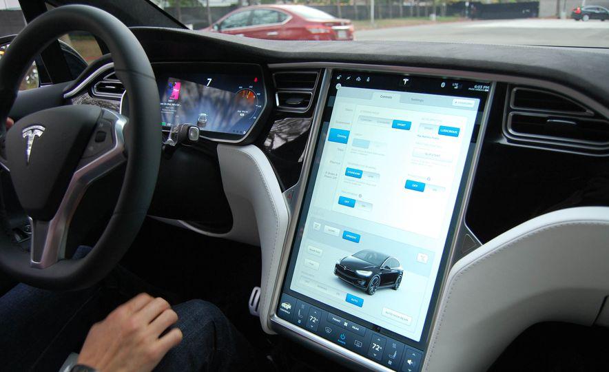 2016 Tesla Model X - Slide 24